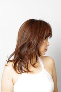 40代女性のヘアスタイル|コンサバロングの髪型
