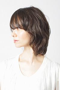 40代からの大人女性のヘアスタイル|セミロングの髪型