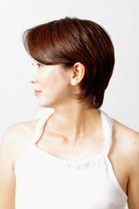 40代女性のヘアスタイル|ショートレイヤーの髪型