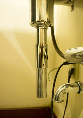 美容室のシャンプー台1
