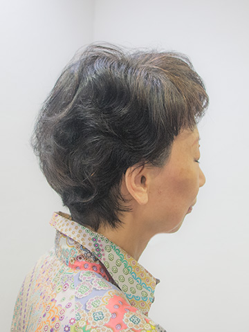細い髪のくせ毛