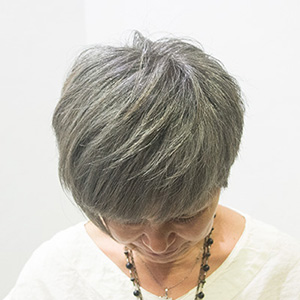 東京の美容室が発信するオシャレ白髪ぼかしアフター2