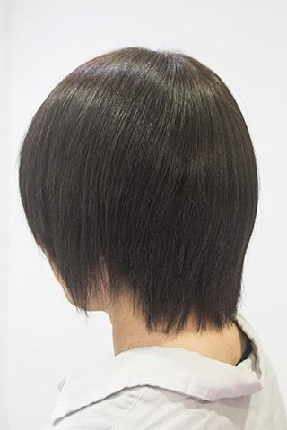ショートのくせ毛をサラッとさせる東京の美容室のトリートメント