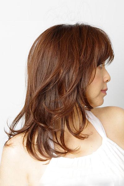 40代からの大人の女性に人気のヘアスタイル|艶のあるロングヘアーの髪型