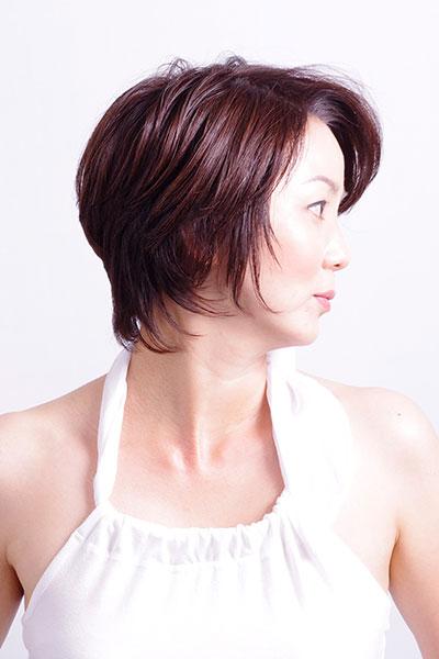 40代からの大人の女性に人気のヘアスタイル|かっこいいショートカットの髪型