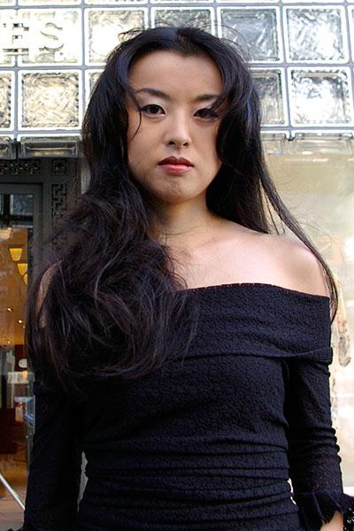 40代からの女性に人気のヘアスタイル|大人のロングヘアー