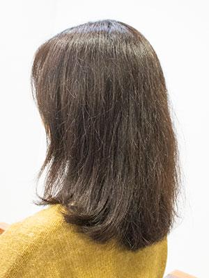 くせ毛で広がるダメージヘアー