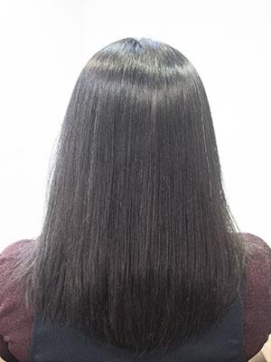 強いくせ毛を縮毛矯正でサラサラに