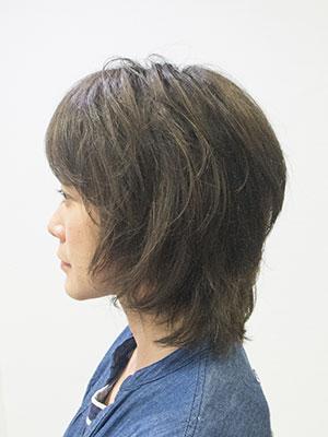 ヘアスタイル髪型|40代のロングヘアーをバッサリパーマでおしゃれにイメチェン アフター画像