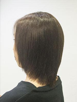 くせ毛のロブを自然な縮毛矯正した髪型