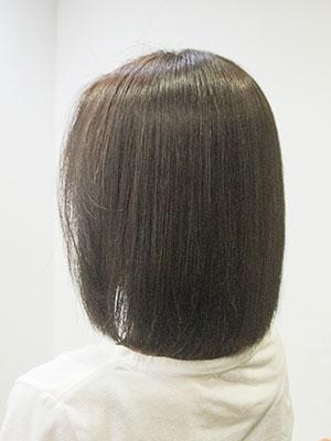 くせ毛のボブを自然な縮毛矯正して内巻きにした髪型by美容室yippee東京