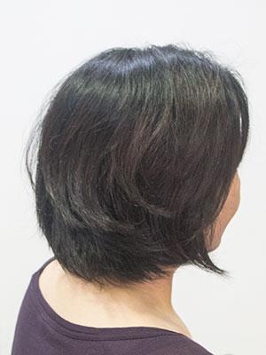 髪の太いくせ毛
