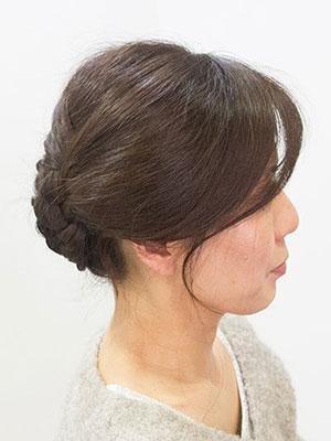40代50代女性に人気の若々しいヘアアレンジ簡単三つ編み