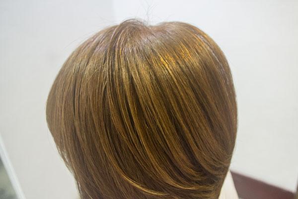 頻繁な白髪染めで傷んだ髪を酸熱トリートメント